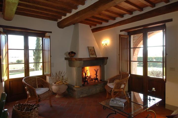 Vacanze in toscana cortona for Arredamento toscano